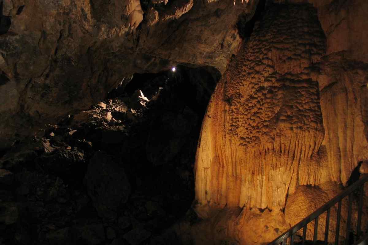Timpanogos Caves