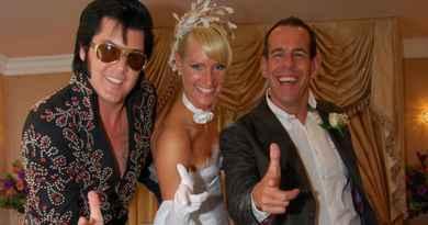 Mariage avec Elvis à la chapelle de Graceland