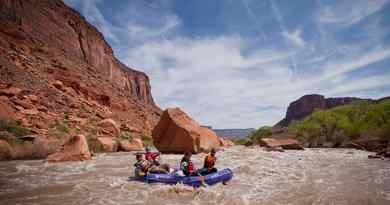 Rafting à Fisher Towers