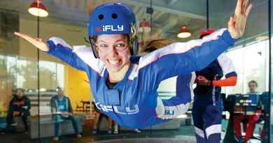 Parachutisme en salle iFLY