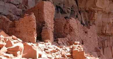 Visite des canyons et des ruines en 4x4 et à pied