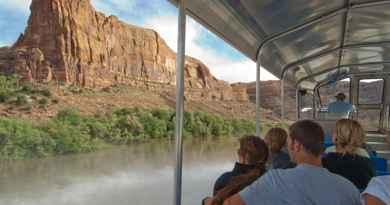 Jet boat sur le Colorado dans le parc de Canyonlands